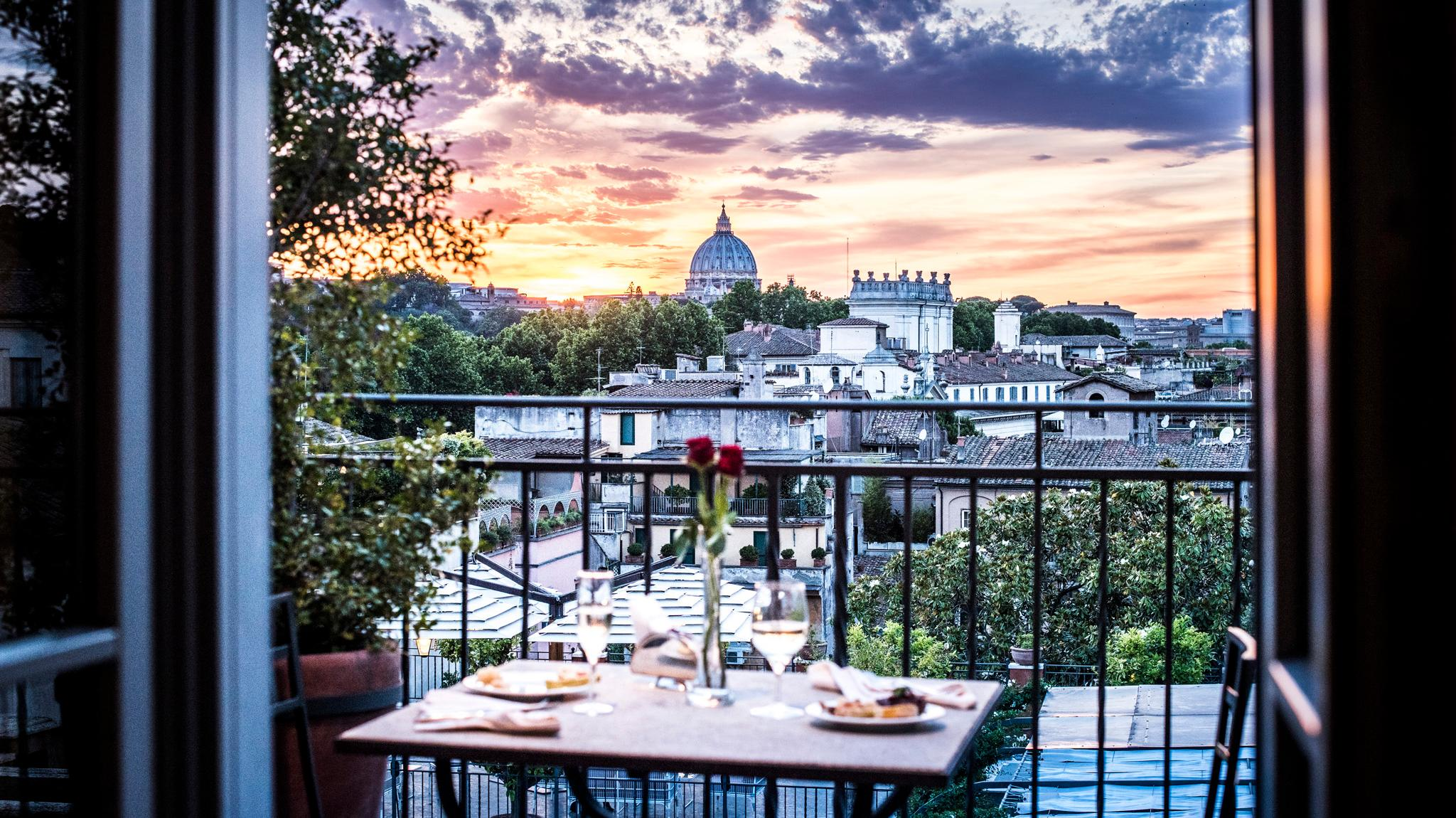 Luxury belvedere room hotel ponte sisto roma